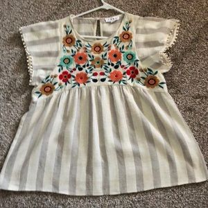 THML Embroidered Top Size Medium